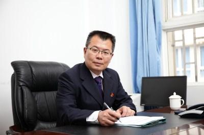 党委副书记、纪委书记、副校长陈志东